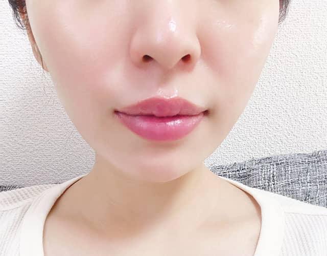 唇の自撮り